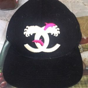Pink dolphin snap back